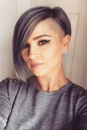 Asymmetrical Long Pixie With Shaved Side #asymmetricalpixie #shorthair #pixiehaircut #haircuts