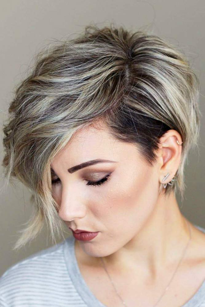 Messy Asymmetrical Pixie Cut #asymmetricalpixie #shorthair #pixiehaircut #haircuts #messyhair