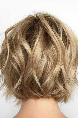 Blonde Wavy Short Bob #beachwaves #shorthair #hairstyles