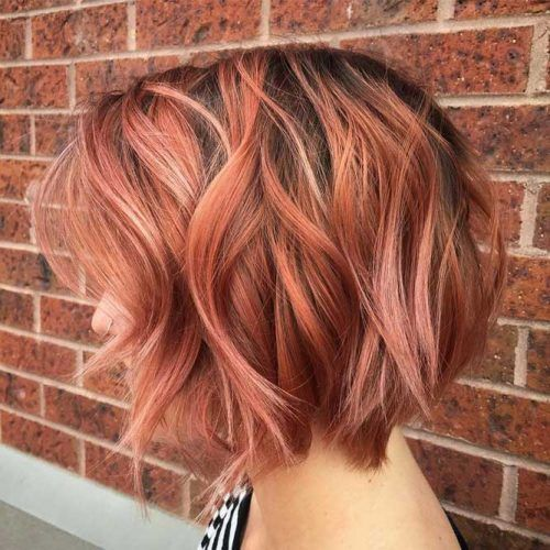 Coral Textured Bob Beachy Waves #beachwaves #shorthair #hairstyles