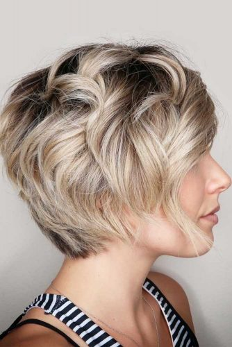 Beach Waves For Layered Pixie Bob #beachwaves #shorthair #hairstyles #pixiebob #blondehair