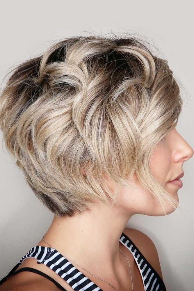 Beach Waves For Layered Pixie Bob #beachwaves #shorthair #hairstyles #pixiebob #blondehair