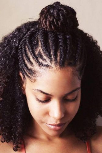 Half-Up Crochet Braids On Curly Hair #crochetbraids #braids #bun
