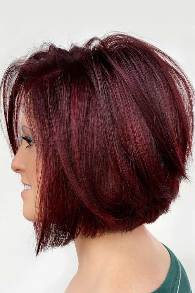 Burgundy Short Bob #faceshapes #ovalface