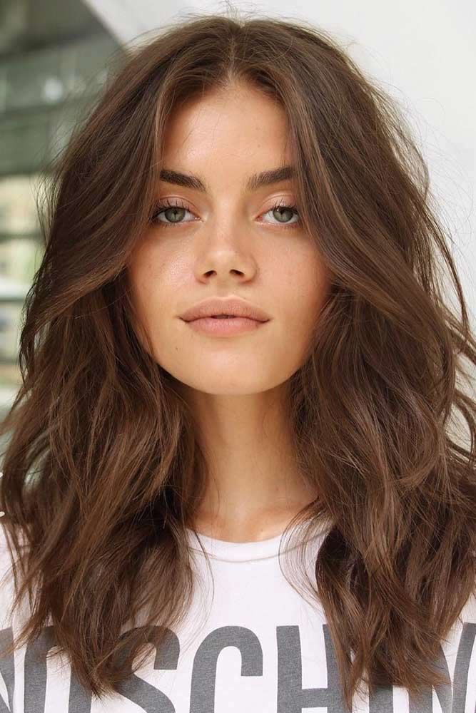 Medium Wavy Hairstyle  #faceshapes» width=«667» height=«1000