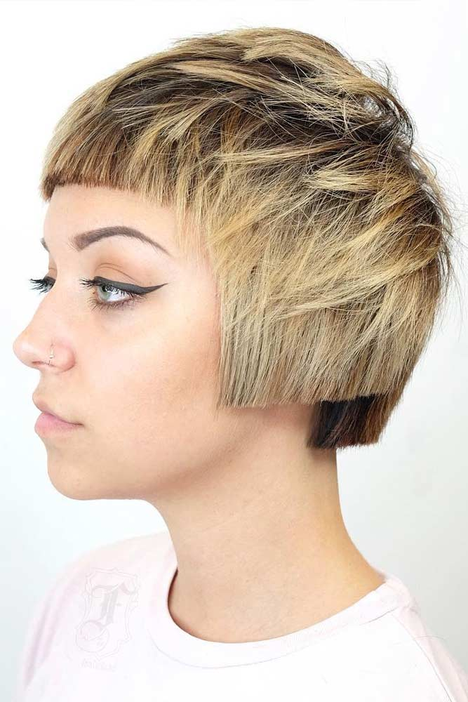 Short Architectural Bob #pageboyhaircut #shorthaircut #haircuts #bangs #straighthair