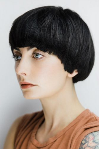 Simple And Lovely Retro Pageboy #pageboyhaircut #shorthaircut #haircuts #bangs #straighthair