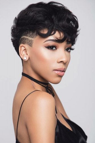 Cute Wavy Pixie With Undercut #shorthairstyles #naturalhair #hairstyles #pixiecut #undercut