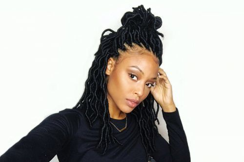 Impressive Ideas Of Pulling Off Faux Locs To Beautify Your Natural Hair