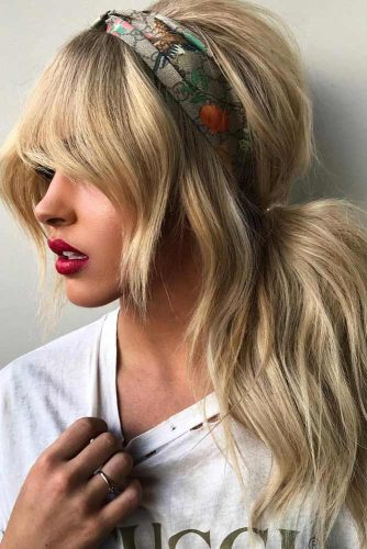 Effortless Side Ponytail #hairstyles #longhairstyles #faceshapes #ponytail