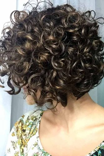 Classic Short Curly Bob #curlybob #haircuts #bobhaircuts #curlyhairstyles #shortbob