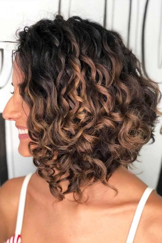 Inverted Long Curly Bob #curlybob #haircuts #bobhaircuts #invertedbob #longbob