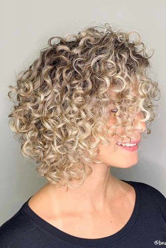 Well Balanced Rounded Bob With Bangs #curlybob #haircuts #bobhaircuts #layeredbob #mediumbob