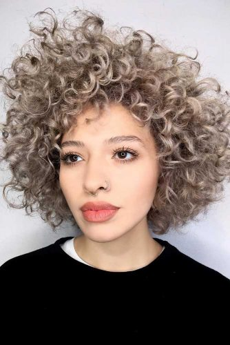 Short Curly Bob With Bangs #curlybob #haircuts #bobhaircuts #layeredbob #shortbob