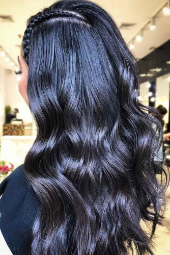 Black Hair With Blue Undertone #brunette #wavyhair
