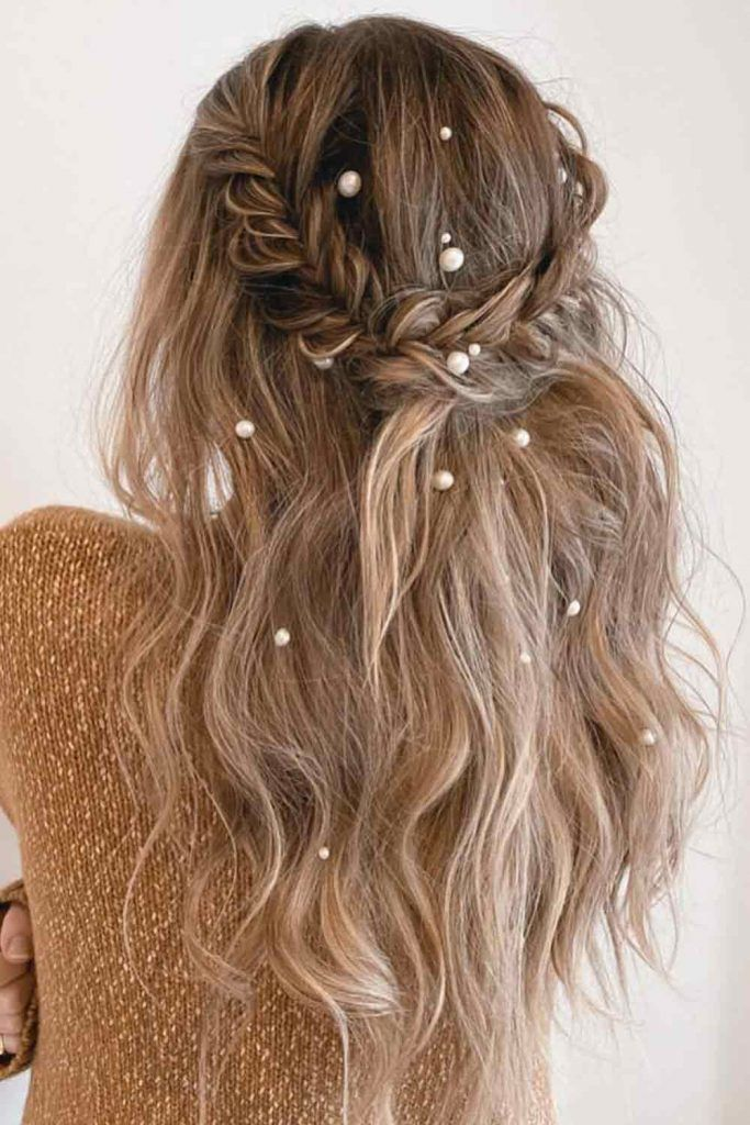 Messy Half-Up With Pearls #pearlspins #prettyhairstyles