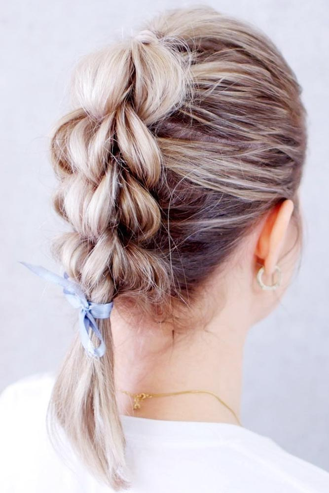 Three-Strand Pull-Through Braid #messyhair #braids #fauxhawk» width=«667» height=«1000» srcset=