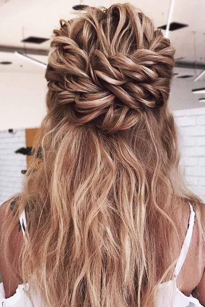 Twisted Messy Half-Up #messyhair #halfup» width=«667» height=«1000» srcset=