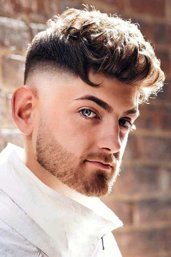 How To Get And Style Curly Hair Men Like To Sport