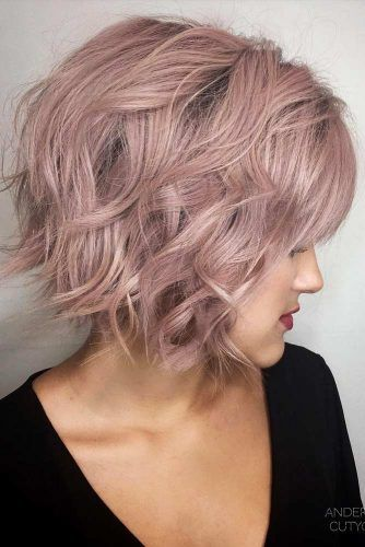 Side Parted Tousled Bob #featheredhair #featheredhaircuts #haircuts #shorthair #bobhaircut