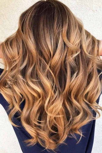 Remarkable Long Wavy Hairstyle #featheredhair #featheredhaircuts #haircuts #longhair