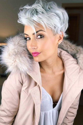 Wavy Pixie Cut With Undercut #featheredhair #featheredhaircuts #haircuts #shorthair #pixiecut