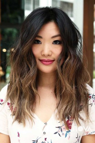 Textured Messy Long Hairstyle  #asianhairstyles #hairstyles #longhair #wavyhair