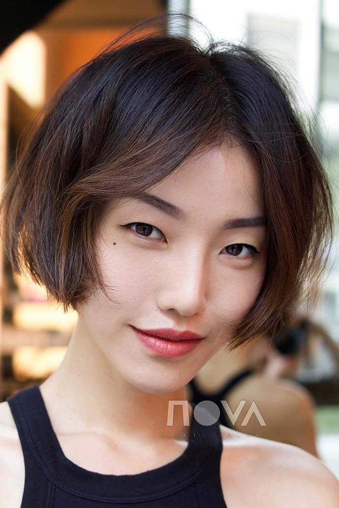 Chin Length Bob With Middle Part #asianhairstyles #hairstyles #bobhairstyle #brownhair