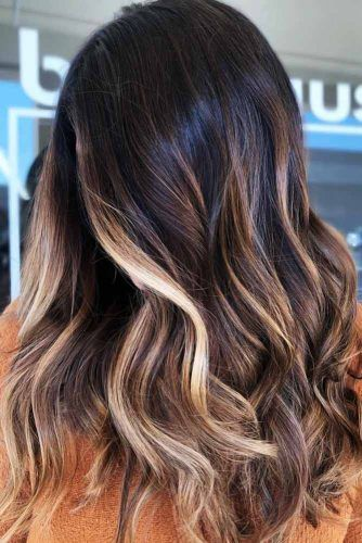 Cool-Toned Blonde Light For Brunettes #highlights #partialhighlights