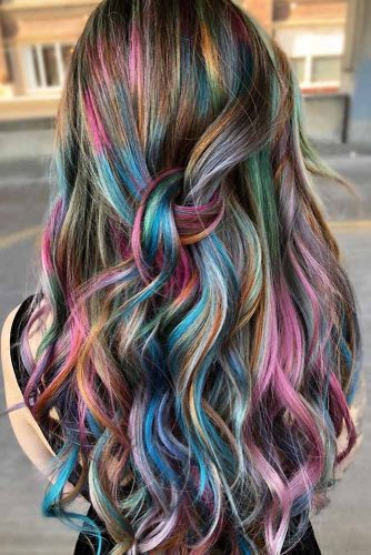 Colorful Highlights #temporaryhaircolor #brunette #highlights