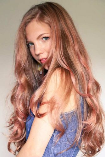 Rose Gold Coloring #temporaryhaircolor #rosegoldhair #highlights