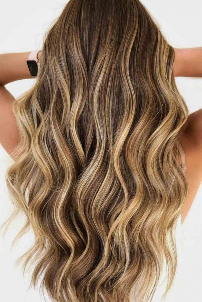 Sun Kissed Honey Blonde Highlights #sunkissedblond #beachwaves