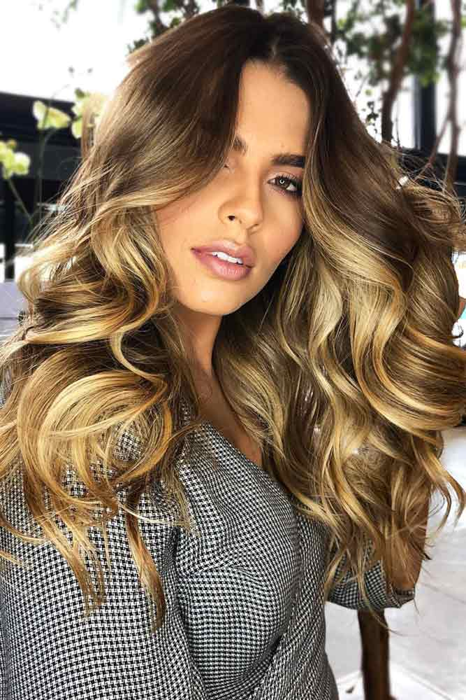 Honey Blonde Ombre Over Brownish Base #blondehair #honeyblonde #brunette #ombre