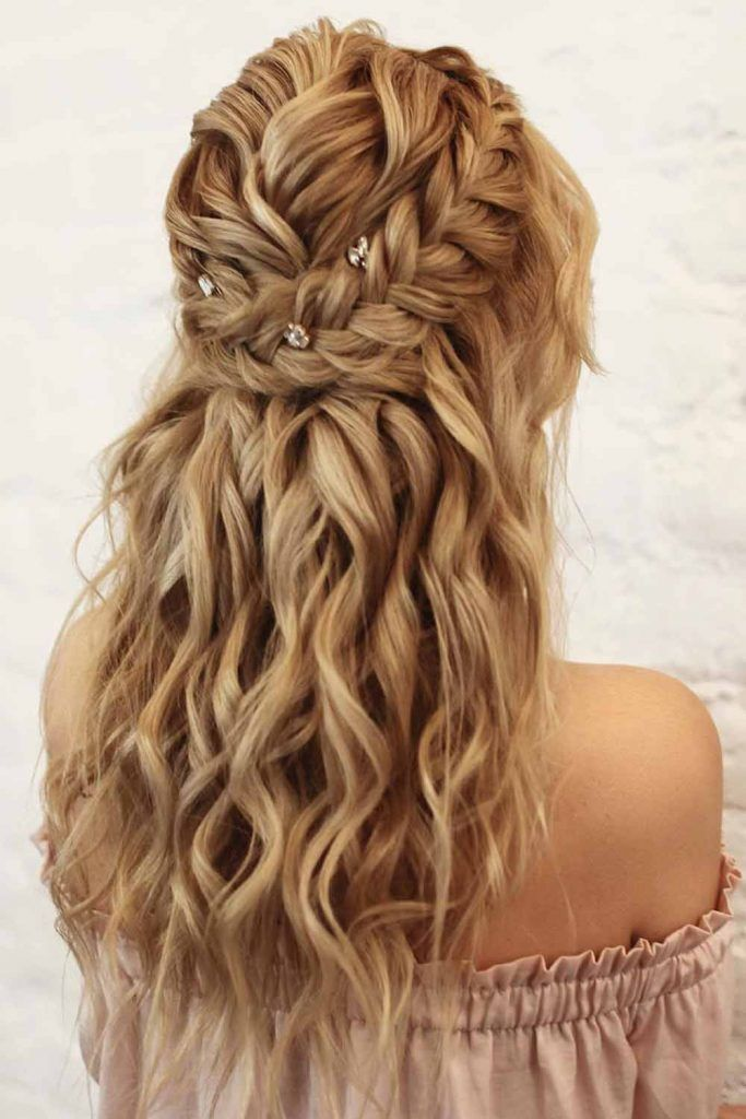 Is Honey Blonde Warm Or Cool? What Skin Tone Suits Honey Blonde Hair? #wavyhairstyles #casualhairstyle