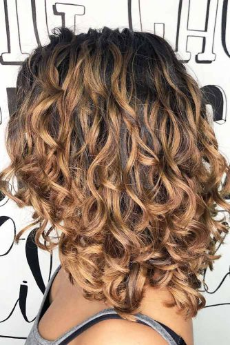 Spot Perm For Layered Medium Hair #perm #permhair #permhairstyles #spotperm #mediumhair