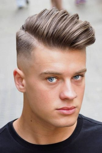 Mid Skin Fade Haircut With Quiff #skinfade #fadehaircut #menhaircuts #midfade