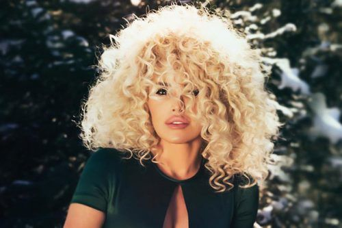 Astonishing And Modern Ways To Rock The Good-Old Spiral Perm