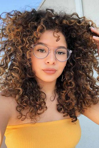 Discover All Curls Types To Take Care Of Yours Properly
