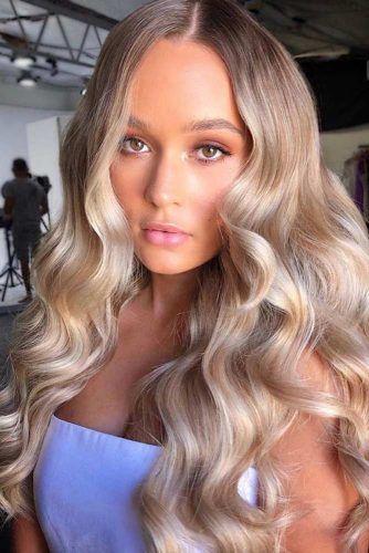 Light Caramel & Blonde #lowlights