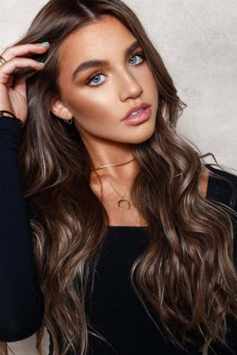 Smoky Brown Lowlights #lowlights #highlights #brunette #brownhair