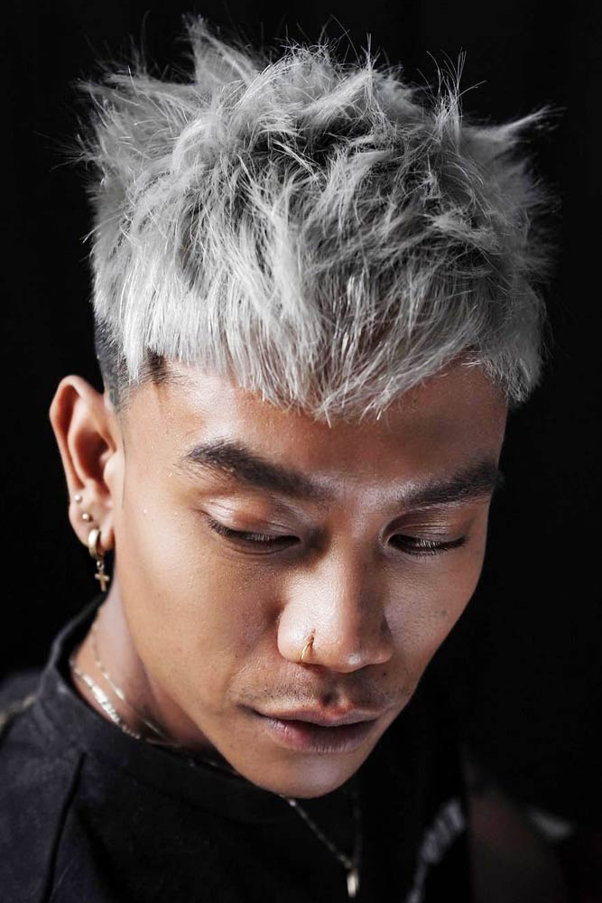 Asian Inspired Spiky Style #asianhairmen #blondehairmen #spikyhair #spikedhair