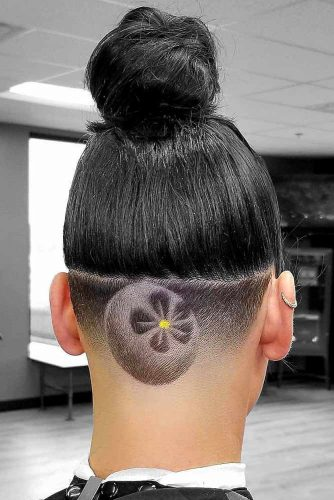 Flower Undercut Design #undercutdesigns #haicuts #highbun