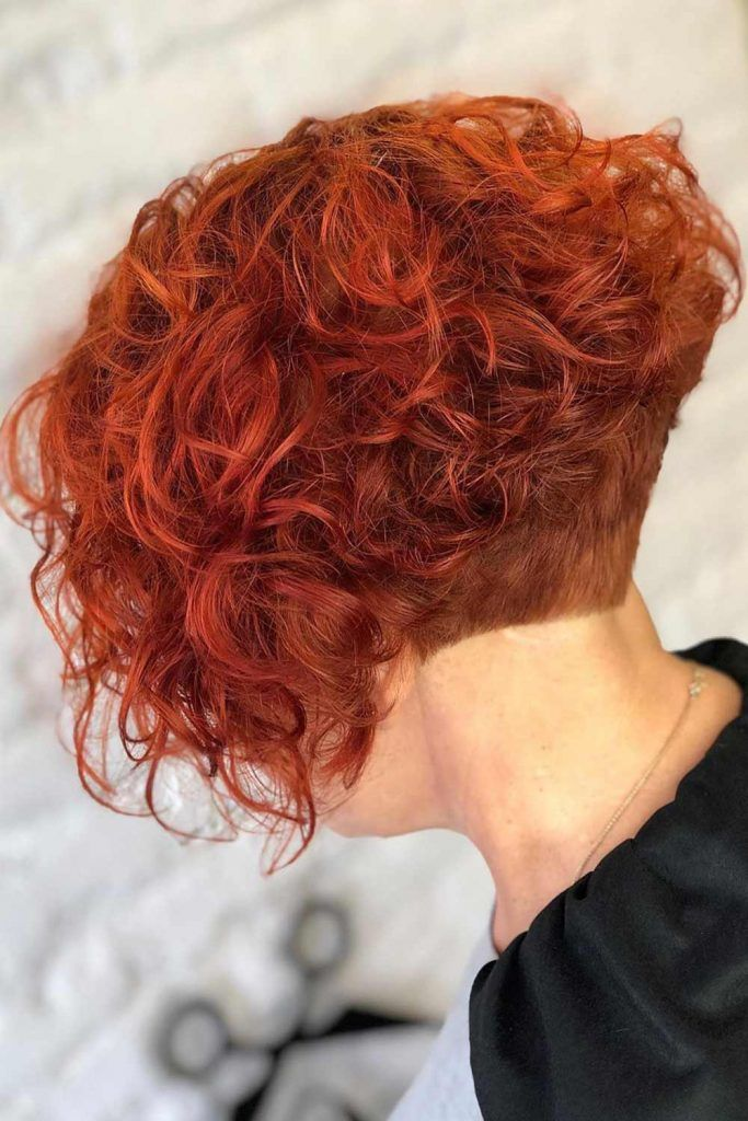 Inverted Short Curly Bob #undercutbob #undercut #bob