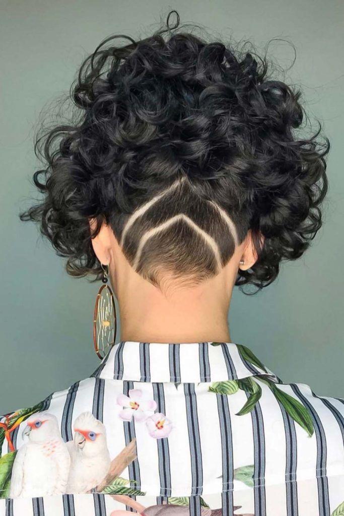 Short Curls With Undercut Design #undercutbob #undercut #bob