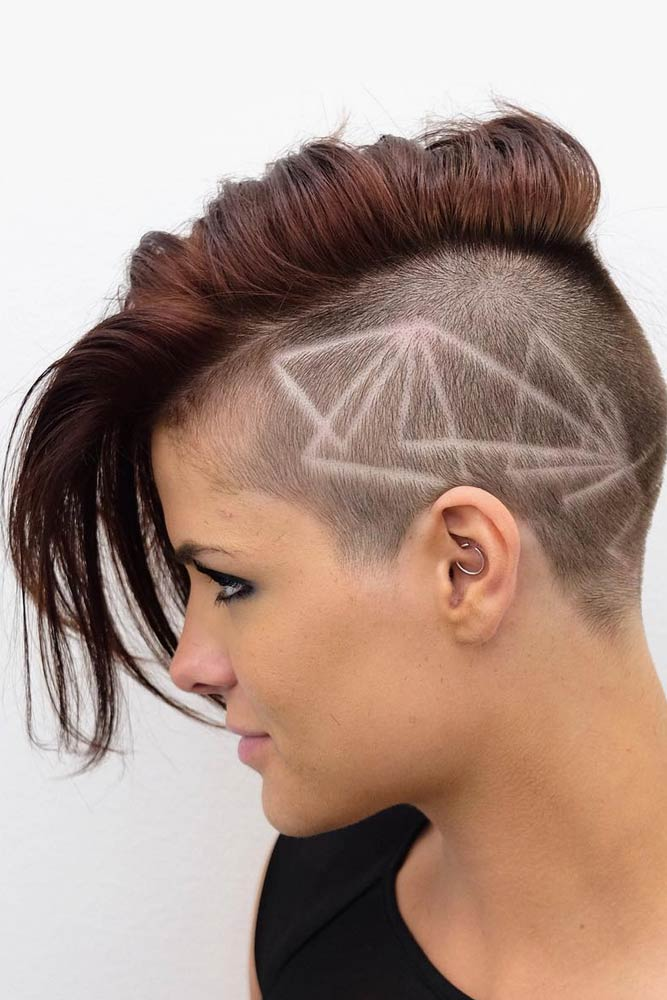 Long Pixie With Undercut Design #undercutpixie #pixiehaircut #undercut #haircuts