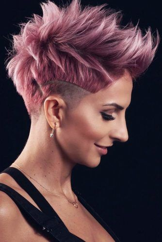 Short Pixie With Undercut Design #undercutpixie #pixiehaircut #undercut #haircuts