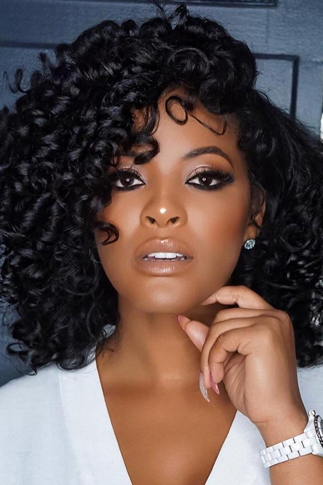 Curly Side Parted Lob #bobhairstyles #hairstyles #haircuts #bobhaircuts