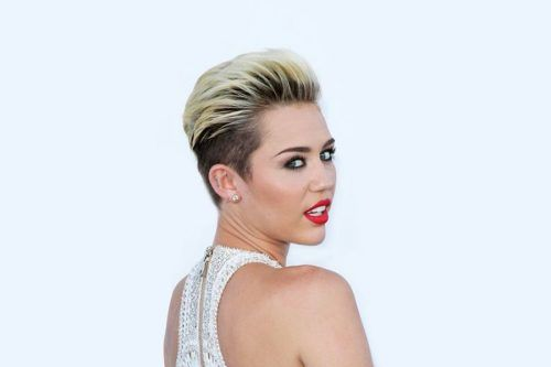 Incredible Miley Cyrus Short Hair Looks That Will Make You Cut Your Hair Short