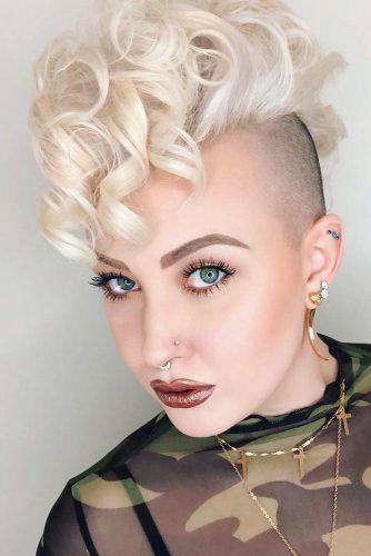 Сurly Mohawk #androgynoushaircuts #haircuts #shorthaircuts