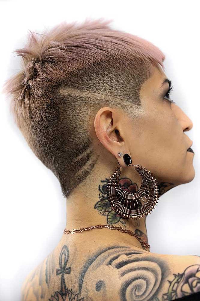 Androgynous Cut With Hair Tattoo #androgynoushaircuts #haircuts #shorthaircuts